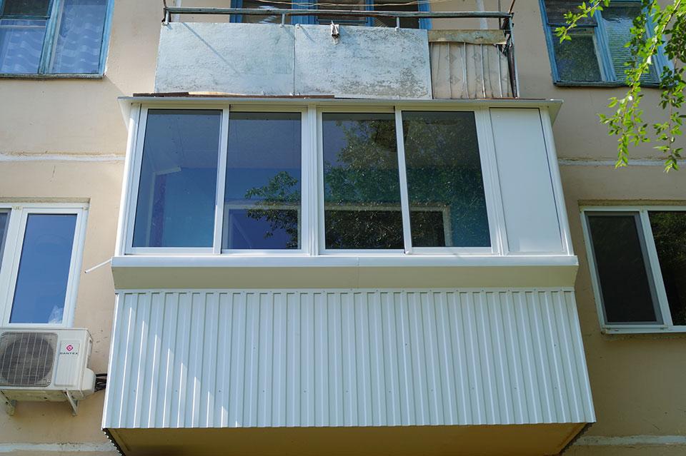 """Остекление балконов в оренбурге от компании """"балконы от а до."""